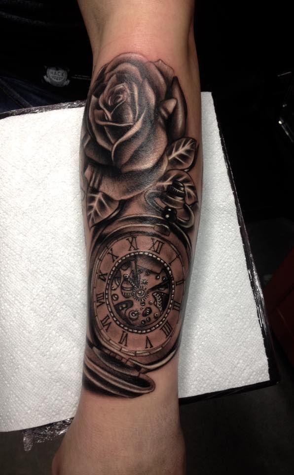 Top Klok tattoo voorbeelden, laat je inspireren door Dutch Ink @PL82