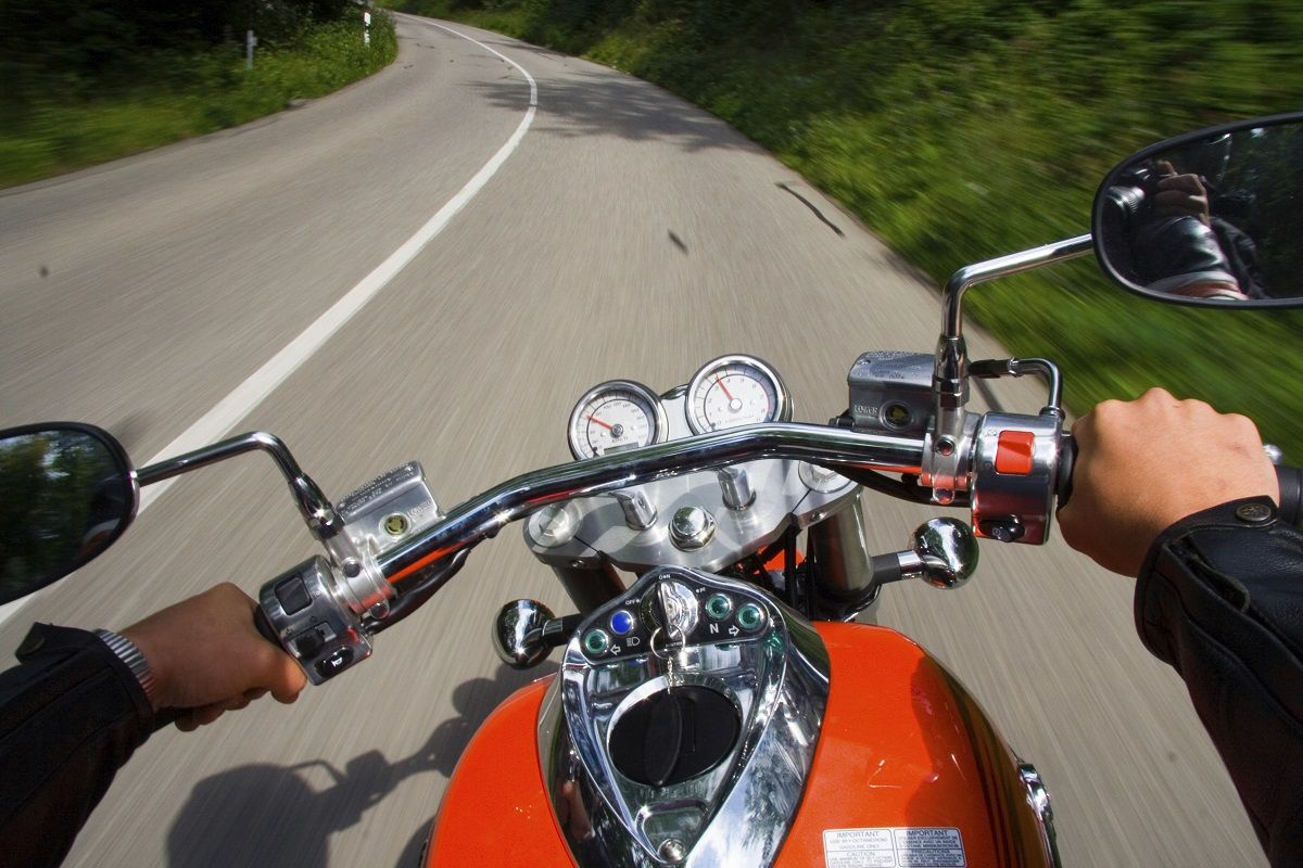 Behind the handlebars part 4 avoiding obstacle fixation