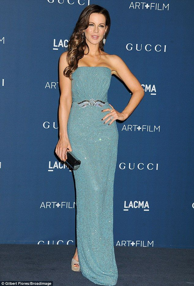 Kate Beckinsale dazzles in shimmering mermaid-style dress at LA ...