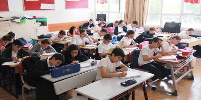 Tüm okul kademelerinde 2014 yılında öğrencilerin yüzde 38.2'sinin eğitimini tamamlamadan okuldan ayrıldığı ortaya çıktı.
