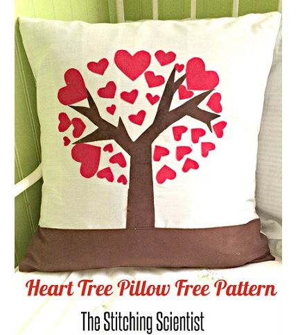 Tutorial: Heart tree Valentine throw pillow - Sewing
