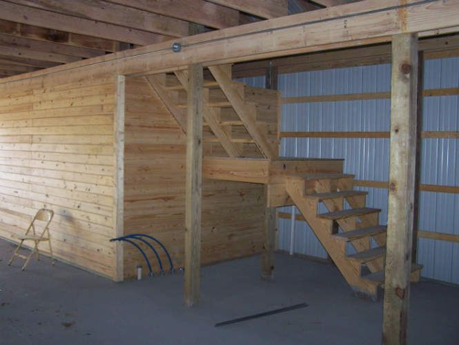 Pole Barn Garage With Loft