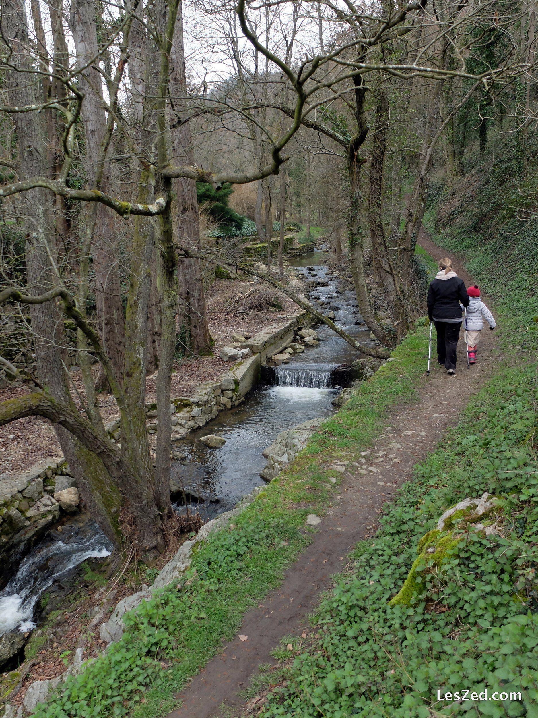 4 Promenades Hivernales Dans Le Parc Du Pilat Leszed Parc Naturel Parc Naturel Regional Sentiers