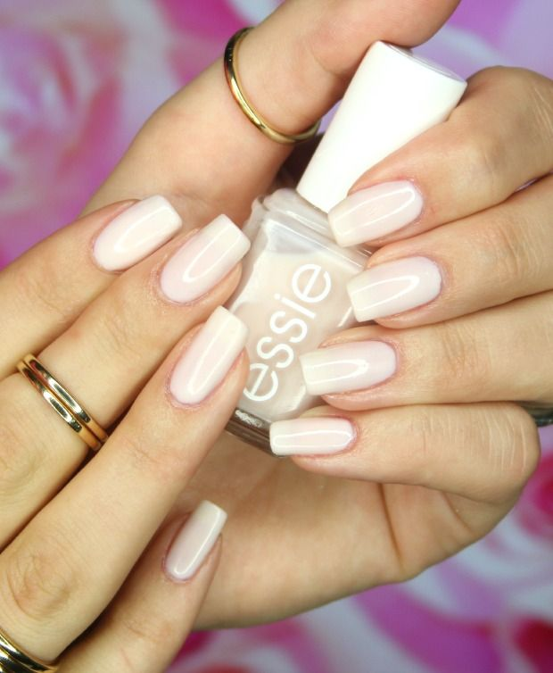 Limo-scene by Essie. | Maquillaje