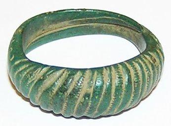 Viking bronze finger ring, c. 9th - 10th century