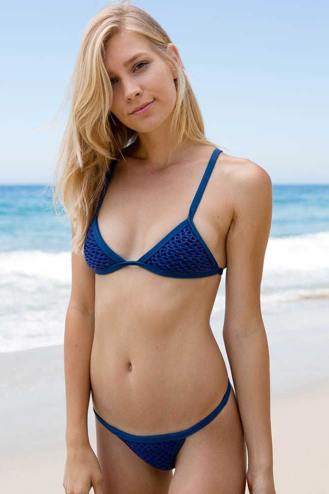 Swimsuit For Flat Chested