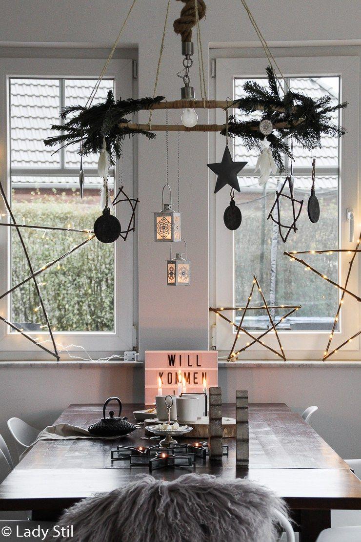 Hängender Tischkranz DIY - lady-stil.de #rustikaleweihnachtentischdeko