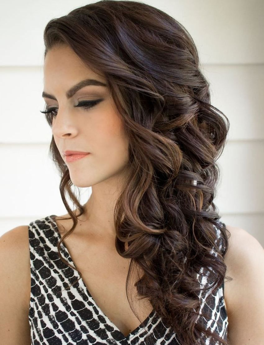 The Best Neckline Hairstyles For Your Dress Side Curls Hairstyles Bridesmaid Hair Side Side Curls