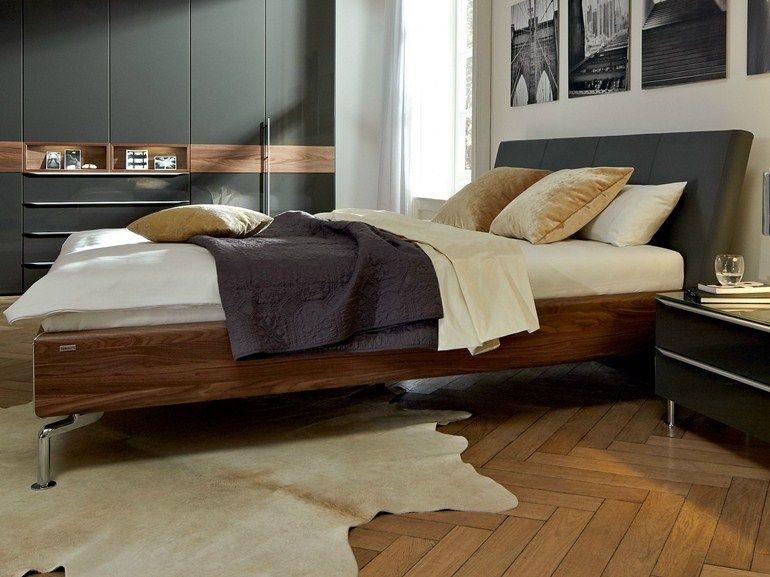 METIS PLUS Walnut bed by Hülsta-Werke Hüls Simplicity deco