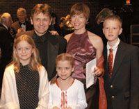 Mikhail Baryshnikov, Lisa Rinehart and their children, Peter, Anna and Sofia
