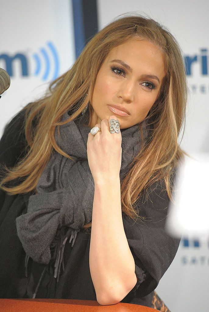 Jennifer lopez makes a sirius stop to chat up american idol hair and beauty urmus Image collections