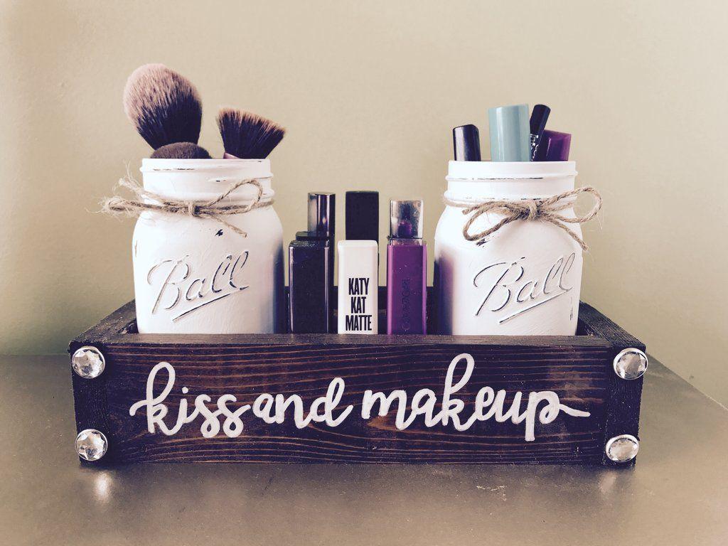Kiss and makeup Mason jar makeup - cosmetic storage #masonjarcrafts