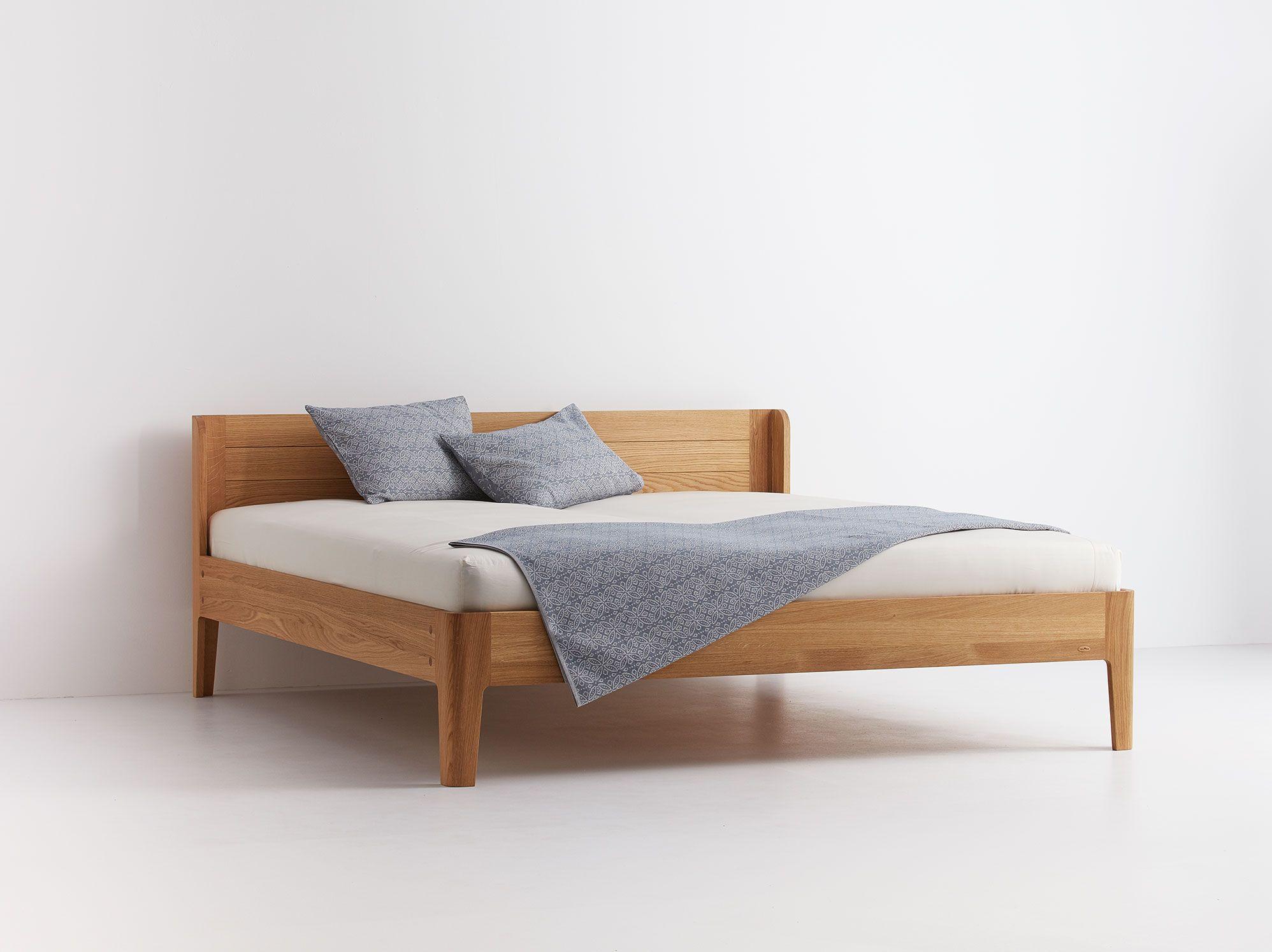 Bett Tana In 2020 Bett Modernes Schlafzimmer Design Und Holzbetten