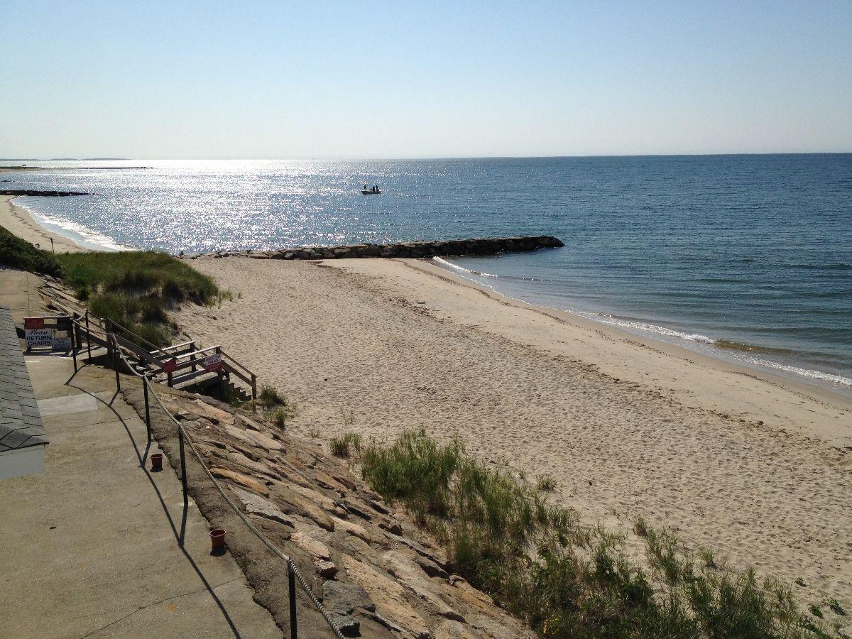 Three Seasons Resort Dennis Port Resort Beach Beach Bars