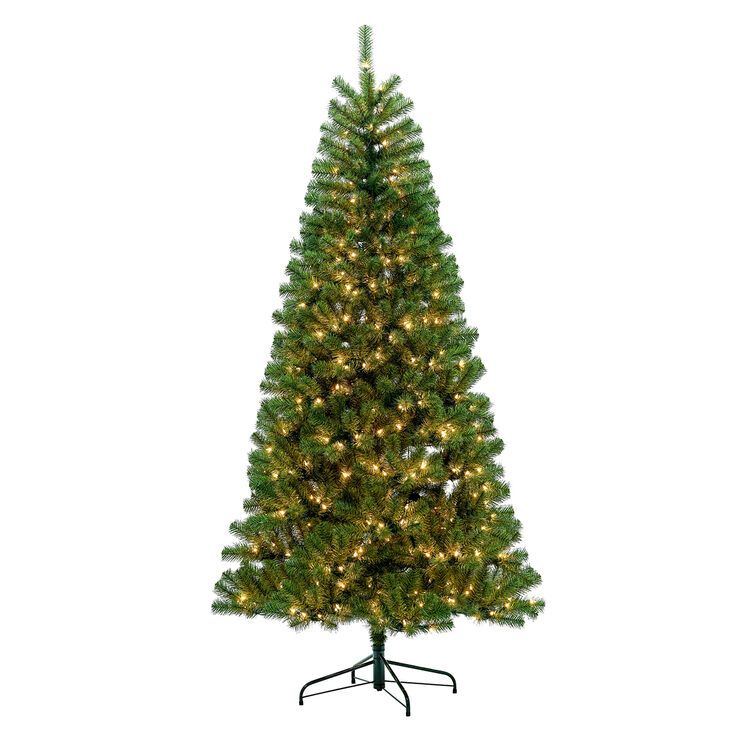 C14 7 5 Pre Lit Wallace Noble Fir Tree With 500 Clear Lights Noble Fir Tree Classic Christmas Tree Fir Tree