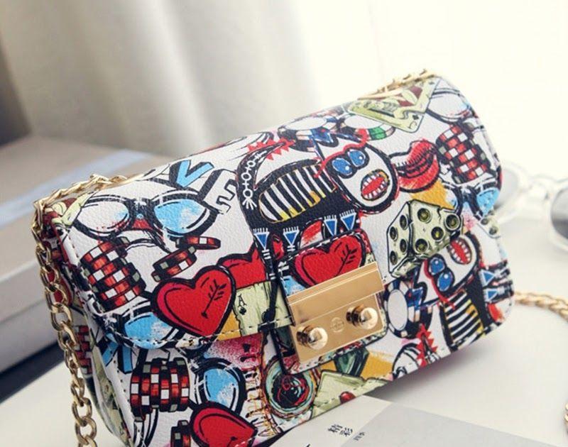 Cheapest 2018 New Women Bags Summer Graffiti Ladies designer handbags high  quality chain mini bag women messenger bags for women Clutch  phone  phones    ... 9a757d8ded27d
