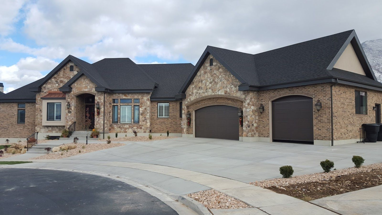 Brick And Stone Exterior Combinations Brick And Stucco Combinations Google Search Exterior