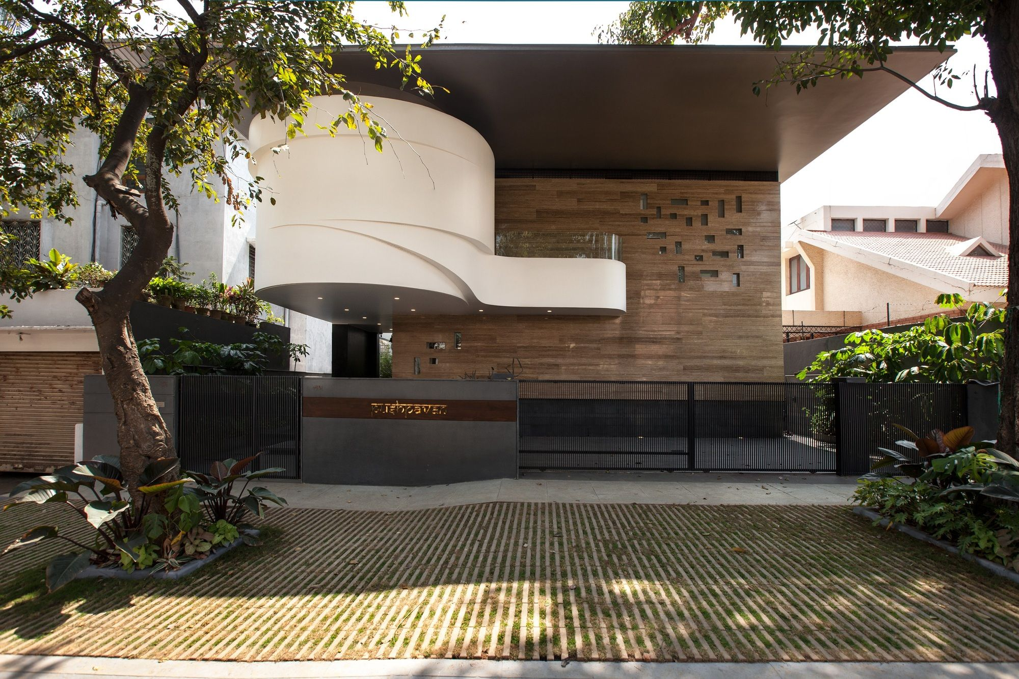 Architecture Houses India gallery of b-one / cadence architects - 1 | architects and