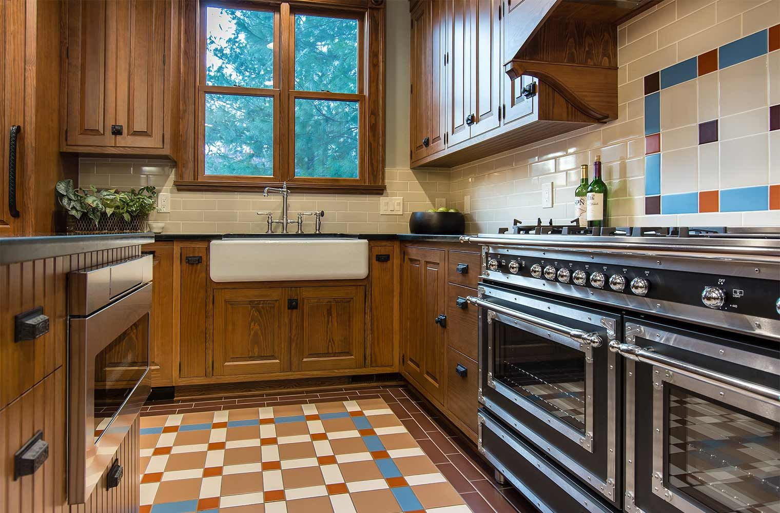 Things I Should Have Done Kitchen Remodel In Des Moines Victorian Home Renovation By Silent Victorian Kitchen Cabinets Cabinet Remodel Kitchen Diy Makeover