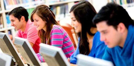 la educación a innova que ya no se necesita un aulas  para acceder saber lo puedes hacer en diferentes lugares completando su aprendizaje apoyado con varias  culturas para ampliar tu panorama.