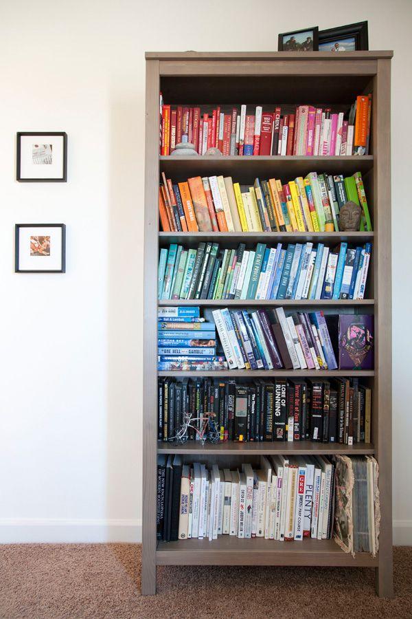 Easy diy ombré bookcase | Diy ombre, Easy diy, Bookcase