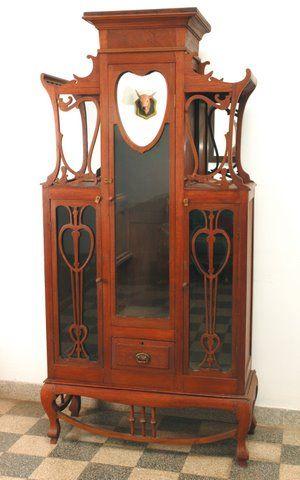 Art Nouveau Meubels Antiek.Art Nouveau Glass Cupboard Art Nouveau 1890 1914
