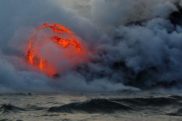 10 de los Volcanes más peligrosos del Mundo | 10Puntos.com
