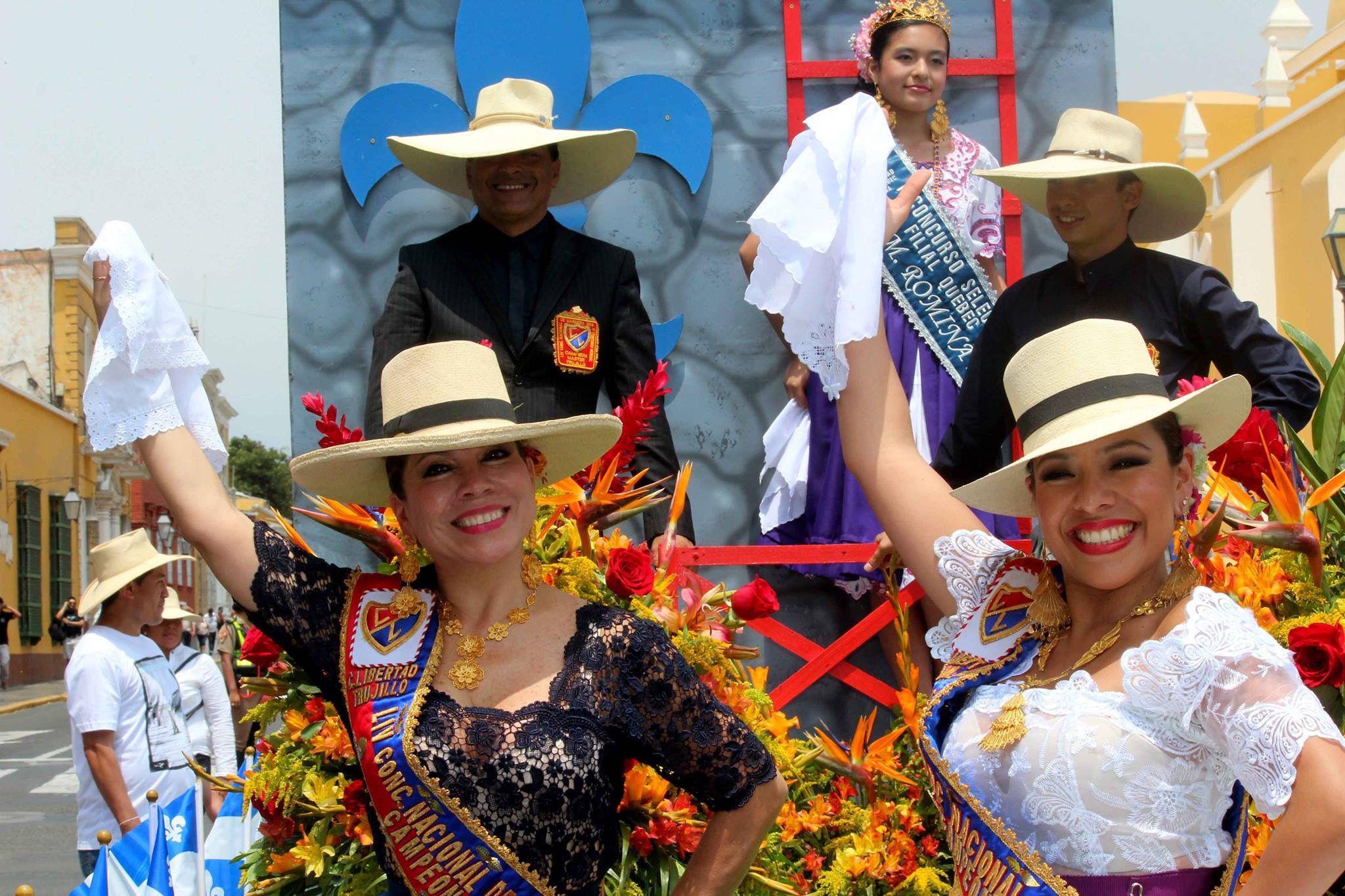 Desfile De Corsos Trujillo Peru