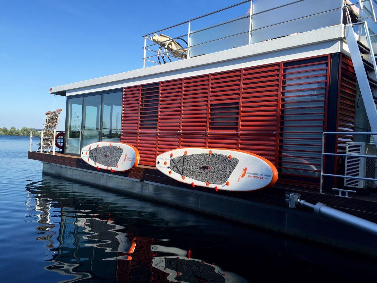 Deine Xanten 3 mit SUP´s Ferienhaus am see, Hausboot