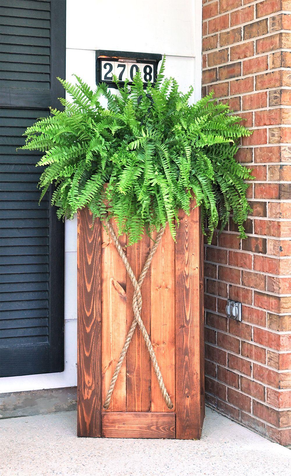 Diy 3 Foot Tall Entrance Planter The Homestead Survival Diy Wooden Planters Diy Planters Wooden Crates Garden