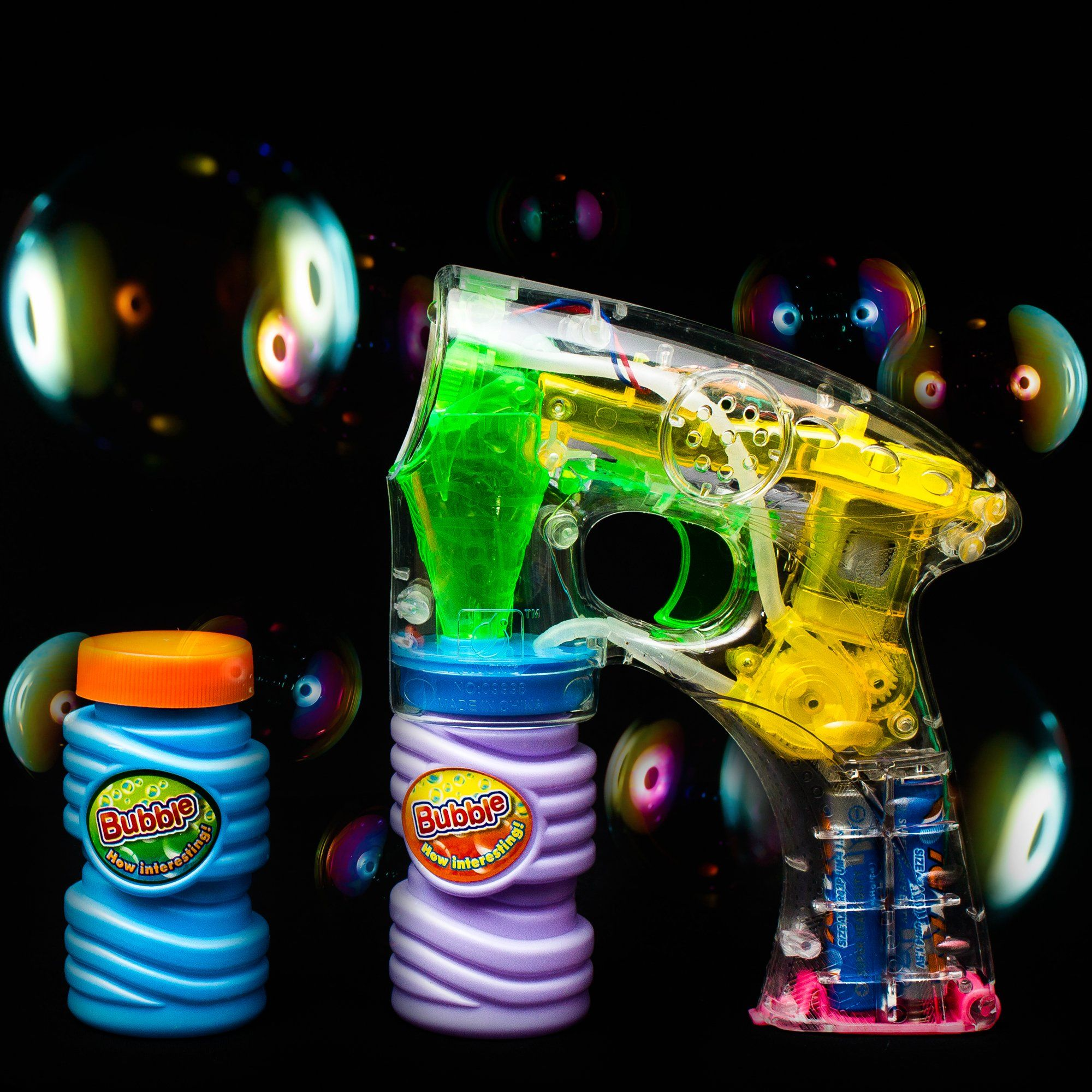Fun Central C205 LED Light Up Bubble Gun 6 Inch 3 Pack LED