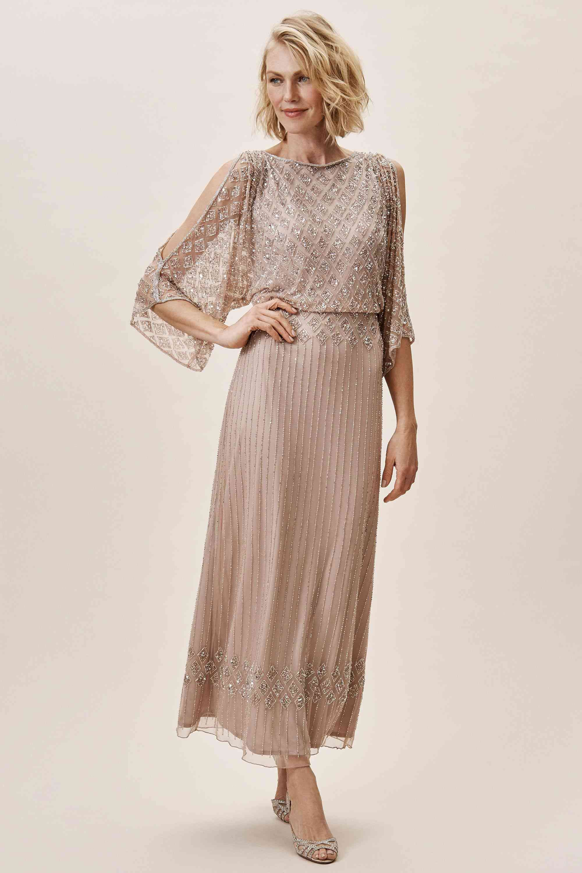 30 Chic Mother of the Groom Dresses for Any Style and Budget