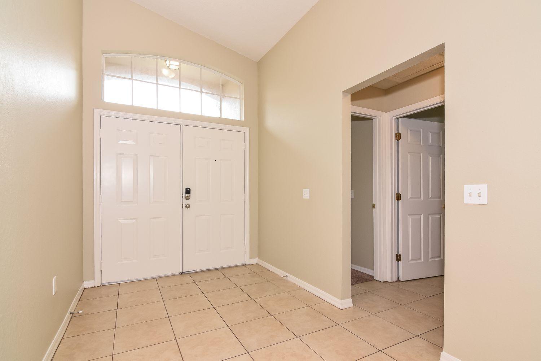 5724 Daughtery Downs Loop Lakeland Fl 33809 House Design Double Door Entrance House