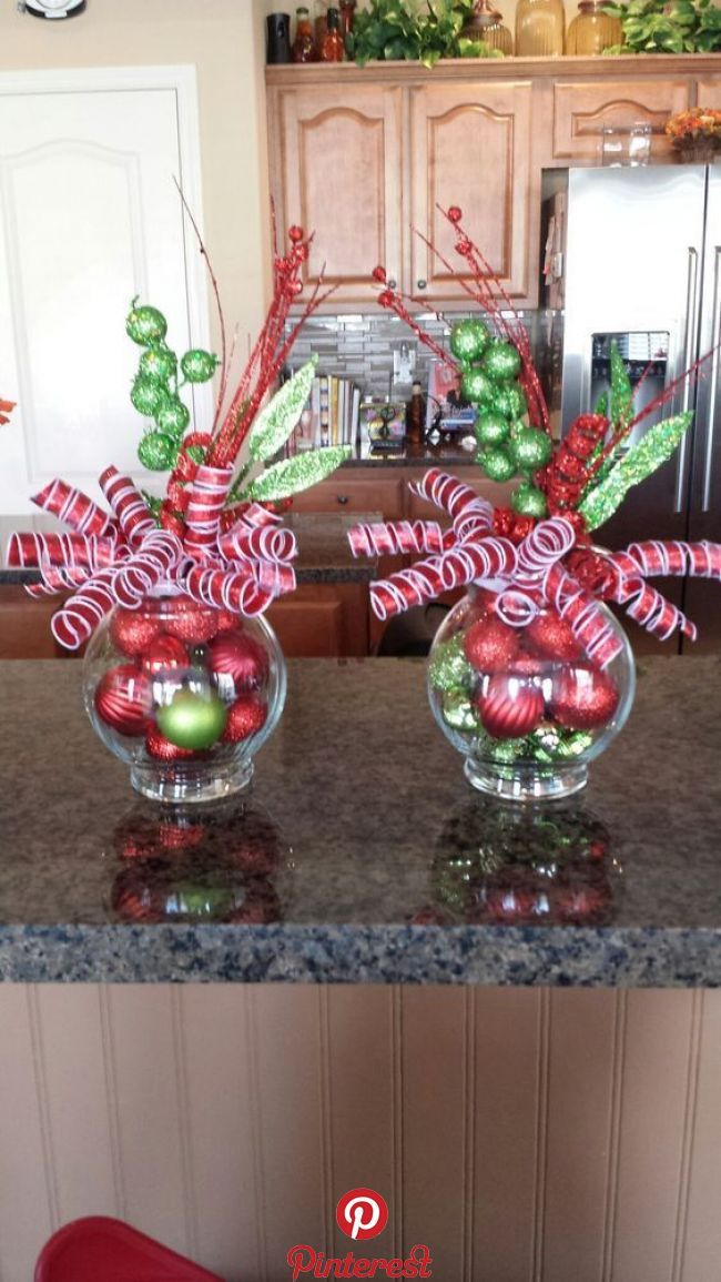 30 Truly Gorgeous Indoor Christmas Decoration Ideas It S Time You Head Indoor And Creat Indoor Christmas Decorations Christmas Centerpieces Indoor Christmas