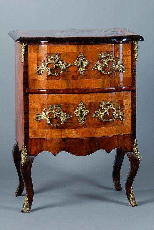 kleine kommode dresdner barockstil um 1860 nu baum. Black Bedroom Furniture Sets. Home Design Ideas