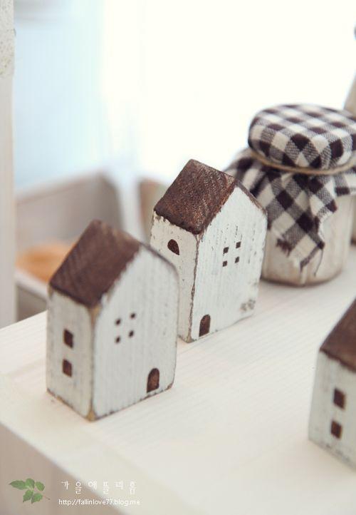 little wooden houses holzh user holzhaus holz und kleines holzhaus. Black Bedroom Furniture Sets. Home Design Ideas