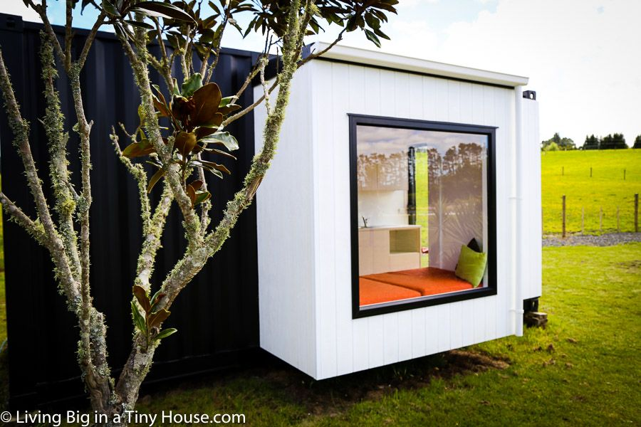 Shipping Container with extra pods for more