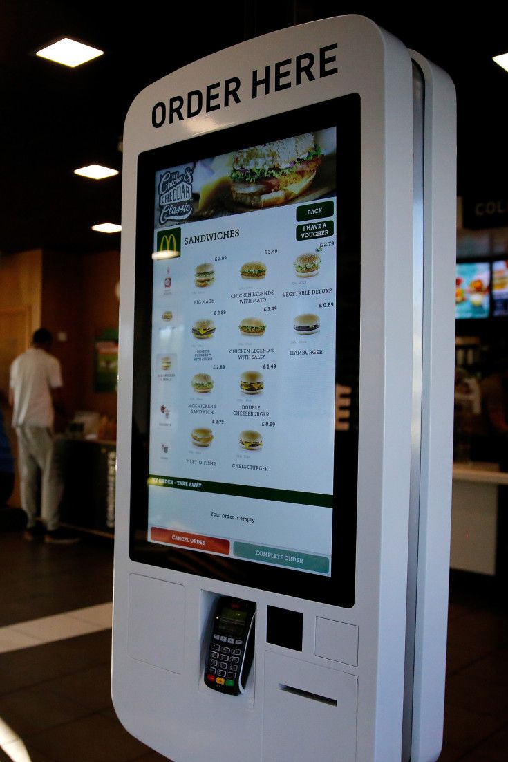 Self Serve Kiosks Not A Threat To Jobs Mcdonald S Canada Says Self Serve Digital Signage Mcdonalds