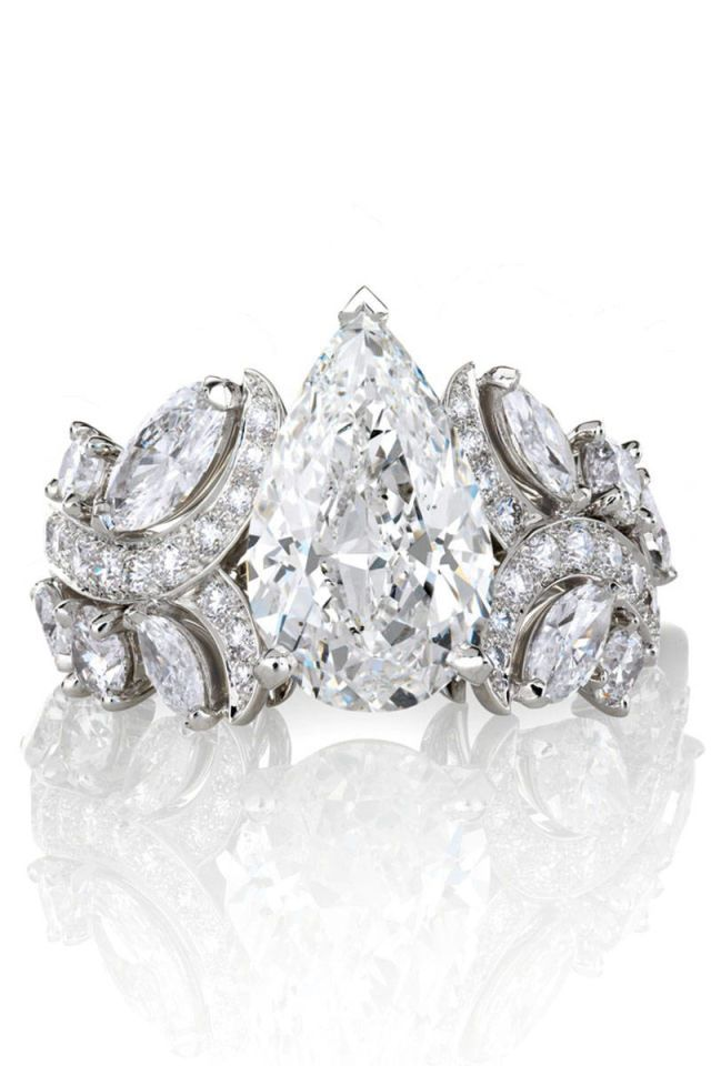 Alternative Engagement Rings For The Non Traditional Bride At Every Price Point Alternative Engagement Rings Diamond Wedding Rings Engagement