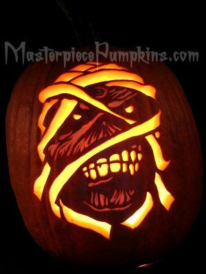 Eddie Iron Maiden S Frightening Face Makes For A Scary Pumpkin