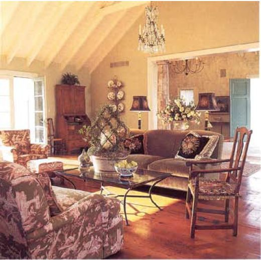 Designer Suzy Stout Selling French Country Farmhouse In Illinois Endearing French Design Living Room Inspiration