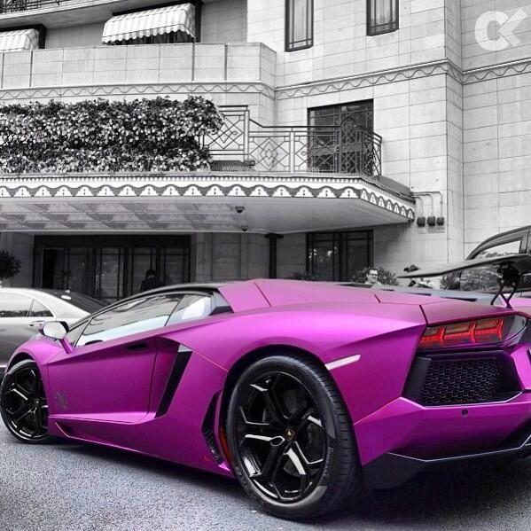 Hot Purple Aventador!