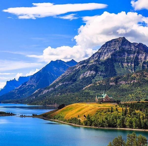Prince of Wales Hotel, Waterton Lakes International Peace Park, Canada via @adventurestep