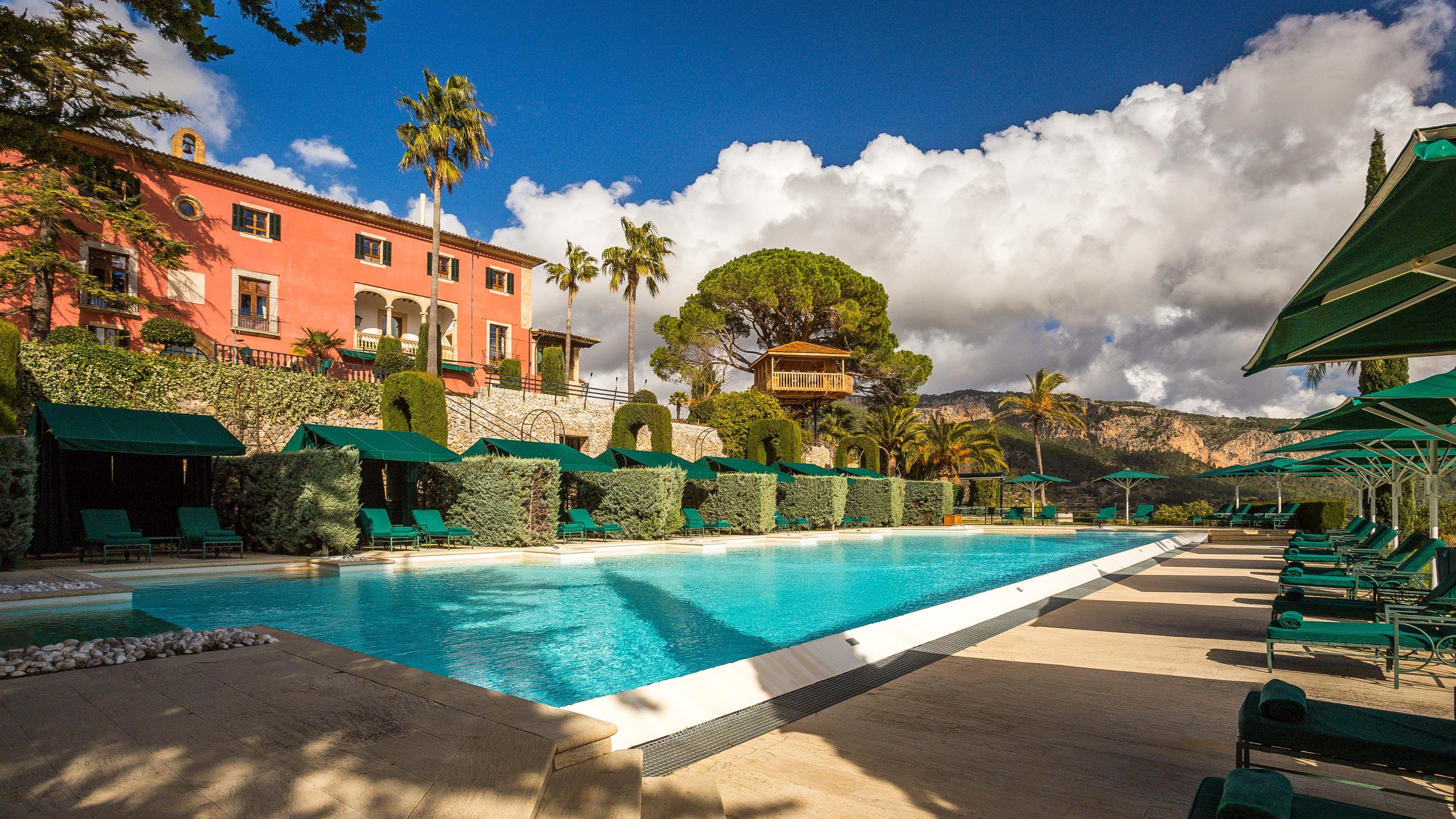 Gran Hotel Son Net, #Mallorca #Spain - Pool and Treehouse