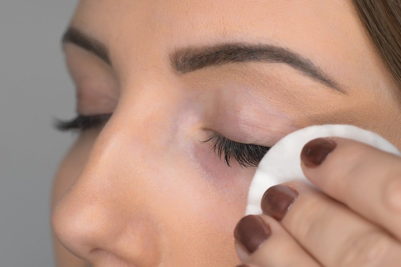How to remove eyelash extensions at home by nouveau lashes