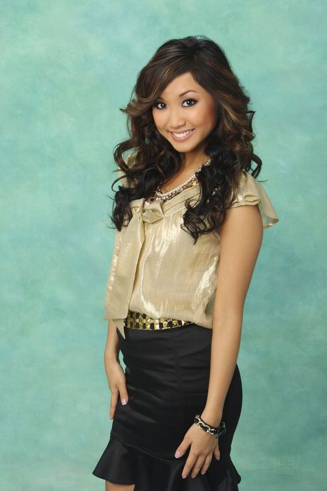 Brenda Song as London Leah Tipton (The Suite Life of Zack and Cody) (The Suite Life on Deck / TV Series)