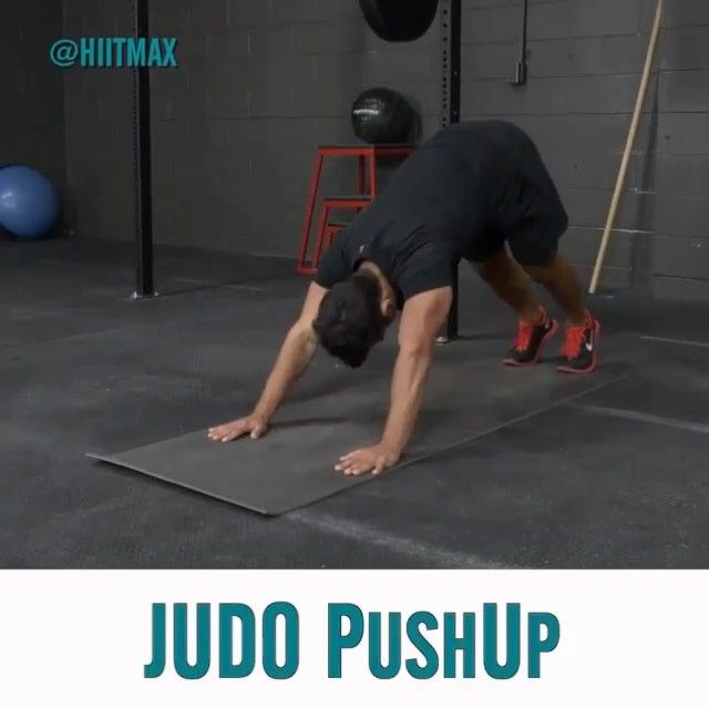 This is a great exercise and also gives you a good stretch as well. Can't go wrong with a move like this  . Torch stubborn fat with our easy to follow @HIITMAX training program. Click the link in our bio @HIITMAX to beat the fat loss plateau and start your total body transformation.