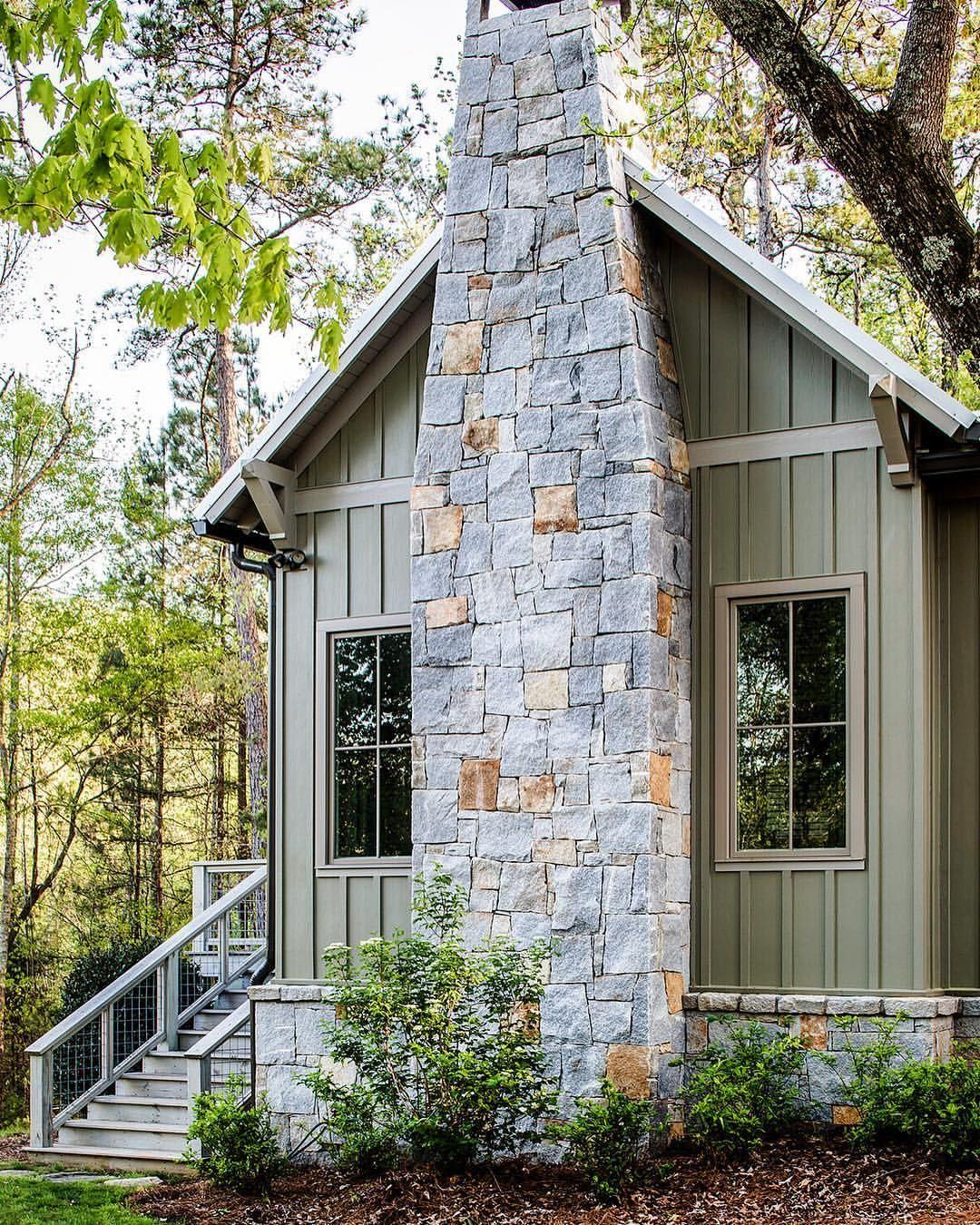 The Grandparents Cottage An Understated 800 Square Foot Self Contained Suite For Two Featured In This Mont Cabins And Cottages Cottage In The Woods Cottage