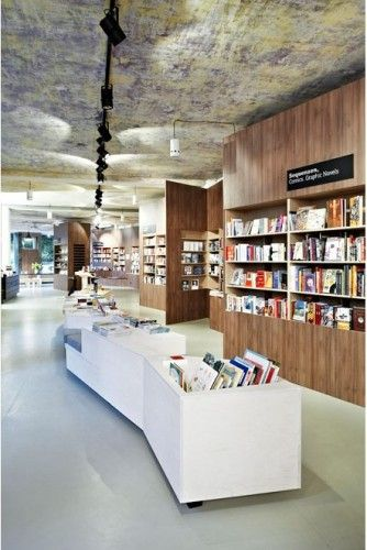 Bookstore Café Interior Design Idea - ArchInspire Bookstores