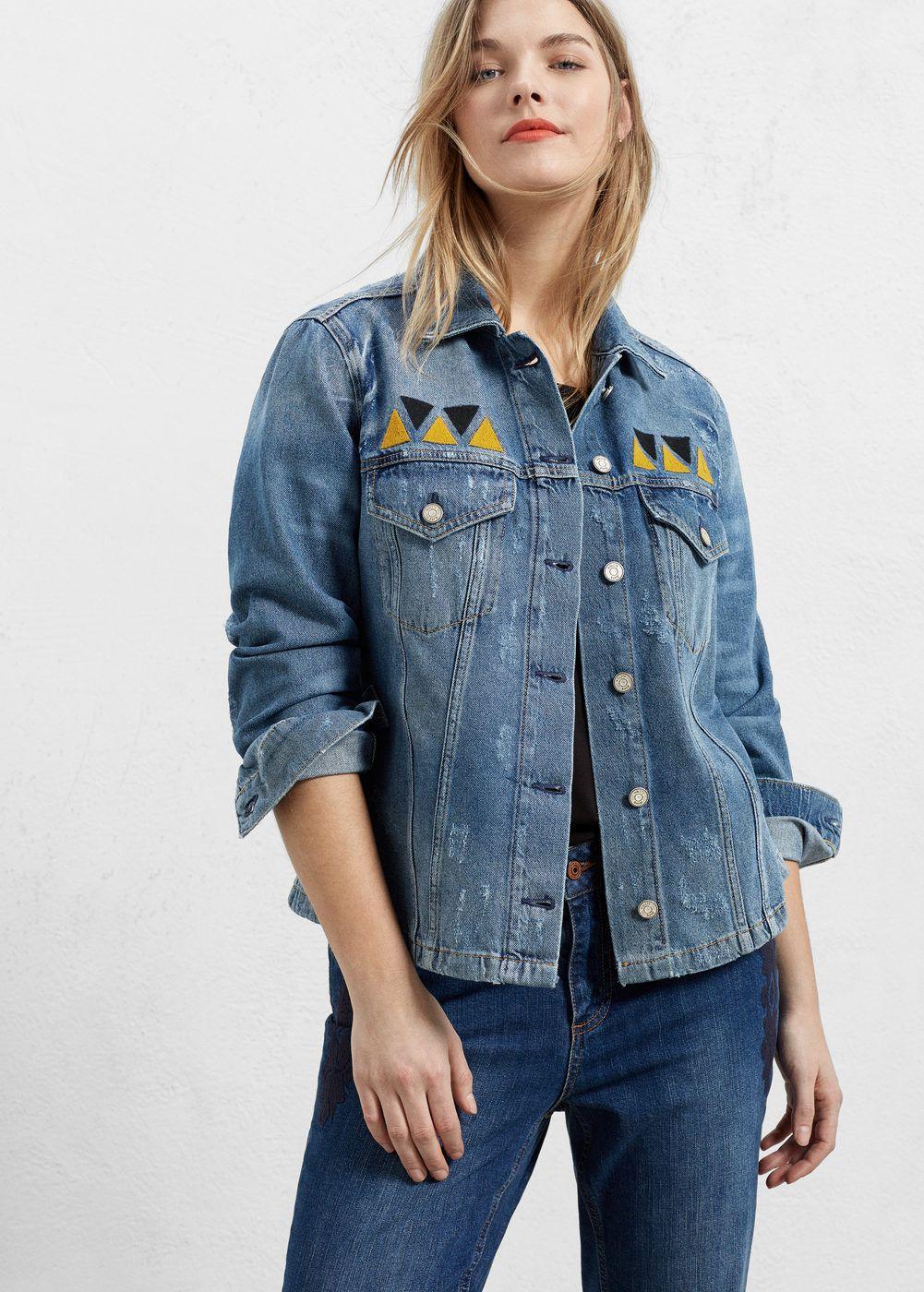 d77468beeb1 Fifty Shades of Grey star Dakota Johnson models denim Gucci jacket at JFK  airport
